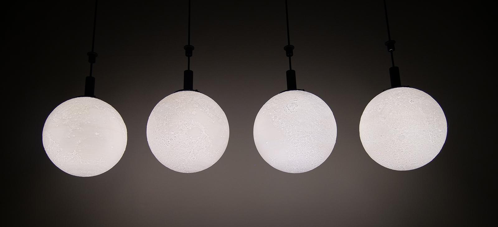 Kinetic LED Moon (3)