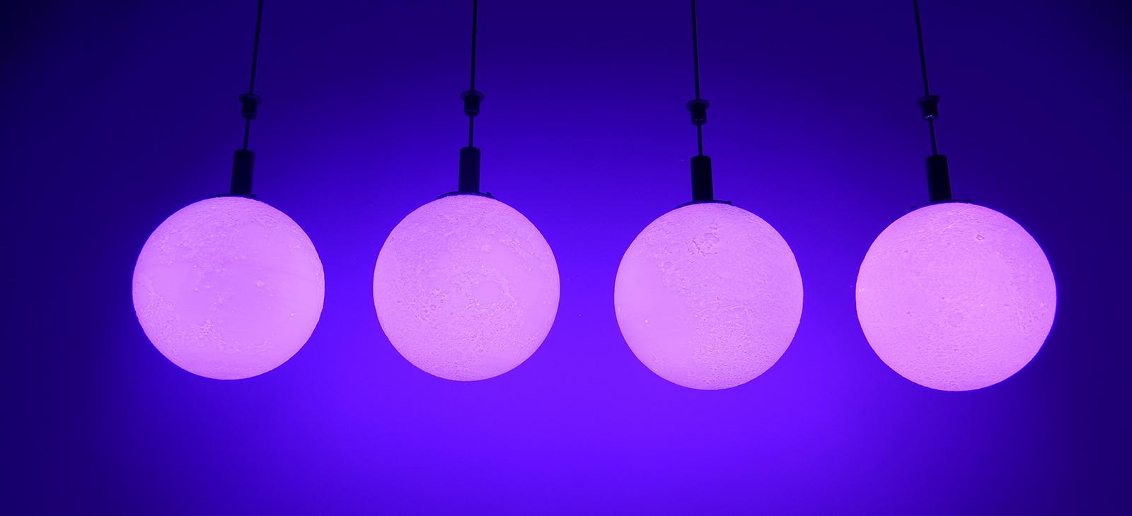 Kinetic LED Moon (4)